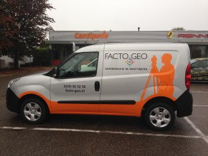 Autobelettering bestelauto Facto Geo