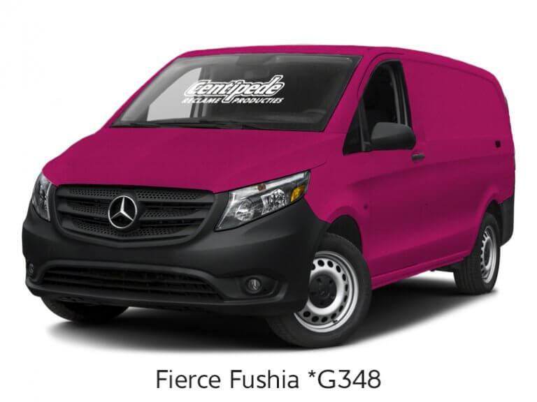 Carwrapping bestelbus voorbeeldfoto Fierce Fushia