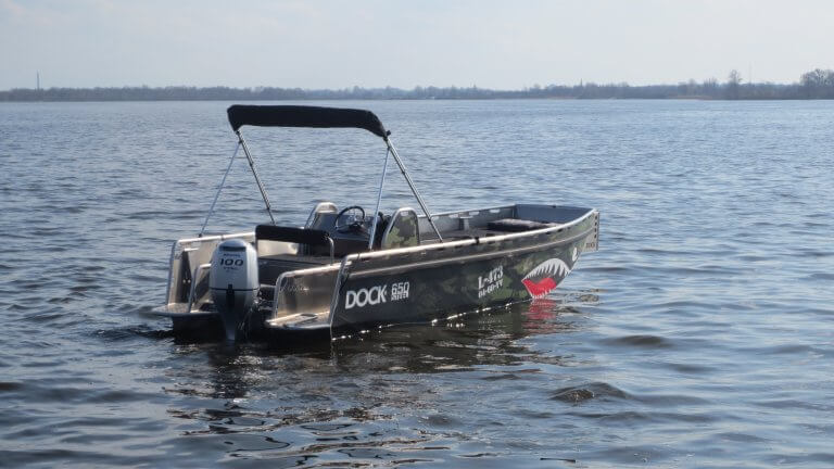 Fullcolor Bootwrapping Dock 650